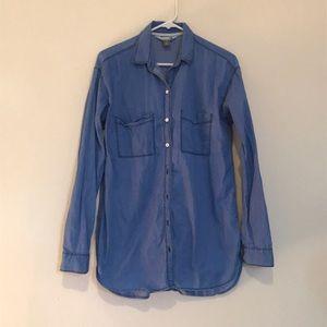 Old Navy Chambray Boyfriend shirt